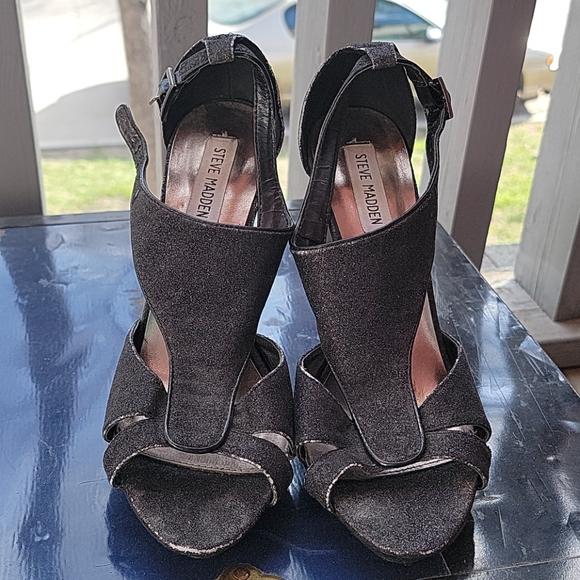 Sparkly STEVE MADDEN sandals